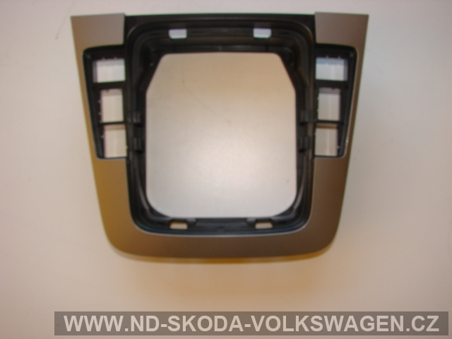 Krytka řadící páky VW Passat B6