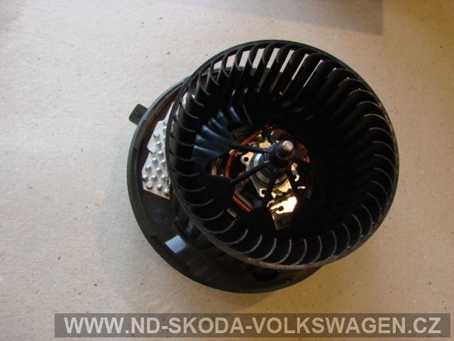Motorek topení OCTAVIA 2  elektronická klimatizace