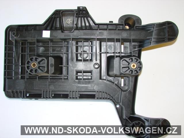 Konzole baterie PASSAT B6