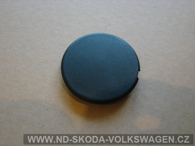 ZÁSLEPKA VÍKA ŠROUBU MOTORU 2.5 TDi SUPERB PRŮMĚR 46mm